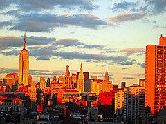 New york au coucher du soleil.
