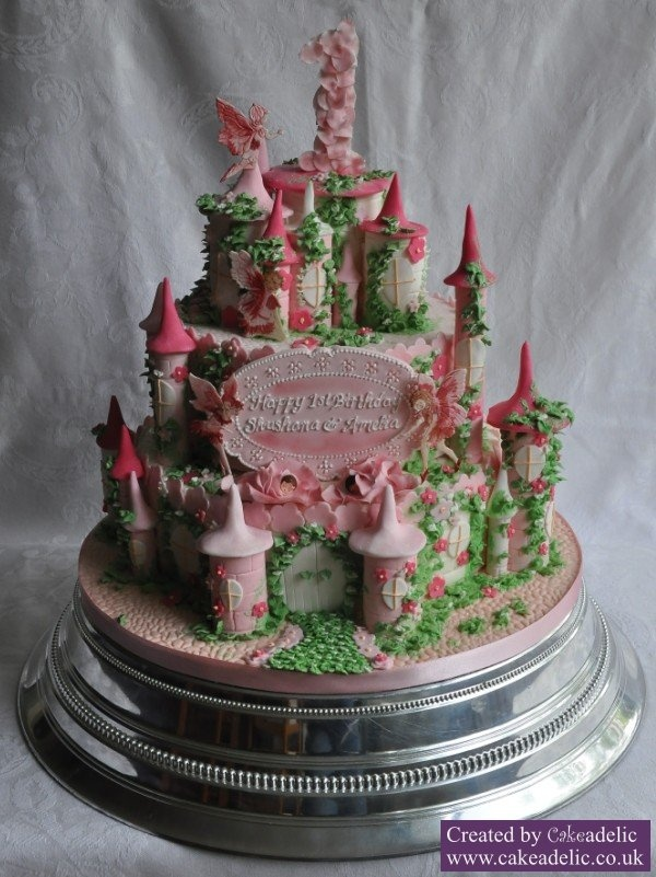 fairy castle wedding cake pictures 44 best images about castle on cakes 14092
