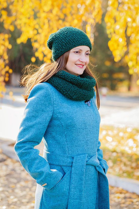 Hey, I found this really awesome Etsy listing at https://www.etsy.com/listing/569889227/wool-cowl-scarf-green-cowl-snood-scarf