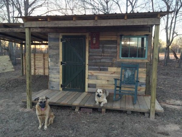 This Is A 12x12 Tiny House Made From Pallets But I Think