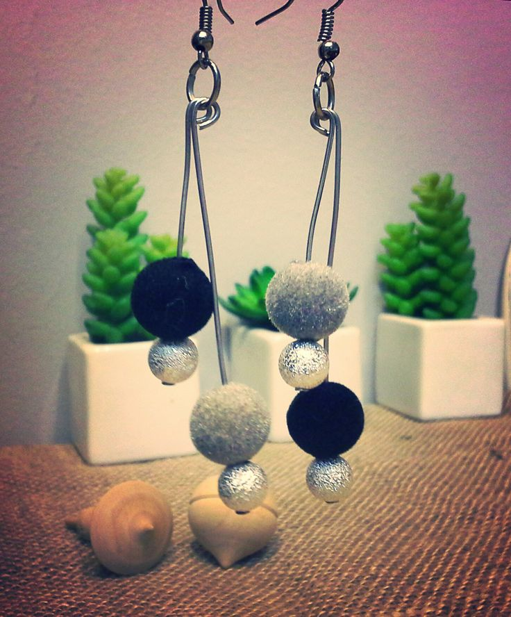 velvet and silver shiny beads  earrings in black and grey - 135738