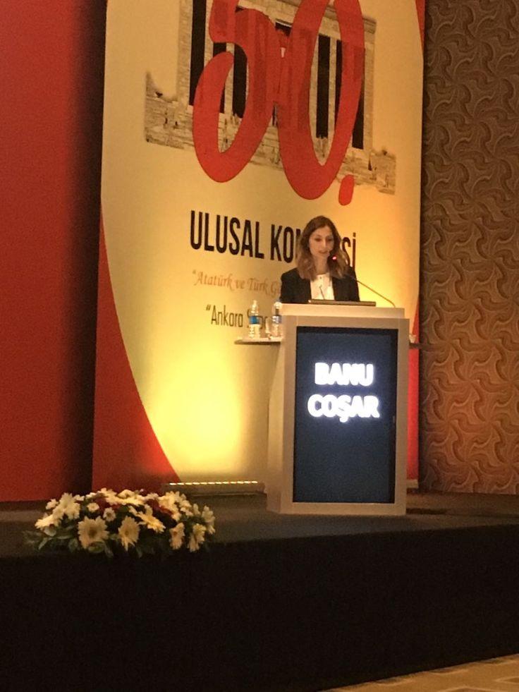 """Türk Oftalmoloji Derneği'nin bu yılki Ulusal Kongresi'nde, """"Erken post LASIK komplikasyonlar"""" başlıklı konuşmamı yaparken:)  #LASIK #profdrbanucosar #gozhekimi #profdrbanucoşar #gözdoktoru #gözhekimi #ophthalmologist"""