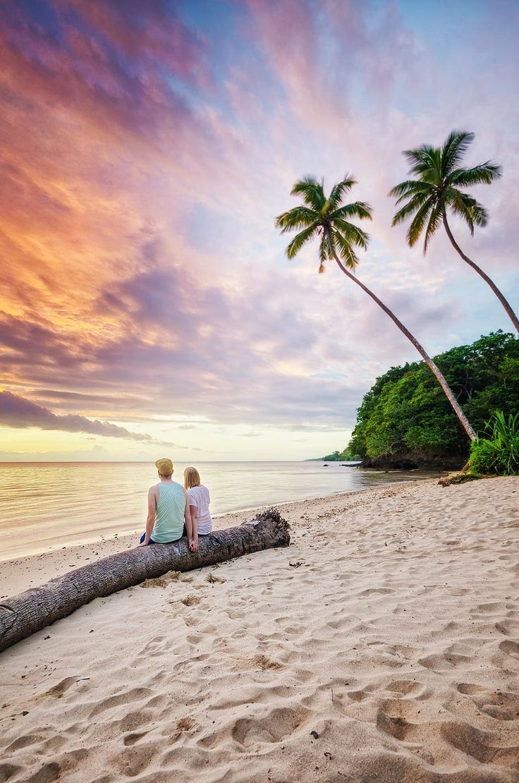 I had the idea before me and my girlfriend visited Fiji, but this seemed to be the perfect place for doing this shot.  As everyone awaits valentines day, I thought this might be a good occasion to post this one.  Don't forget that it's not about the presents and that one day in the year, but it is to live the life with the person you love what counts