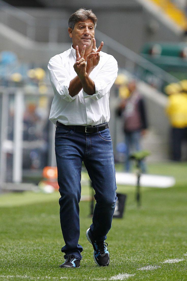 Menos posse, mais objetivo: Grêmio apresenta novo estilo com Renato #globoesporte