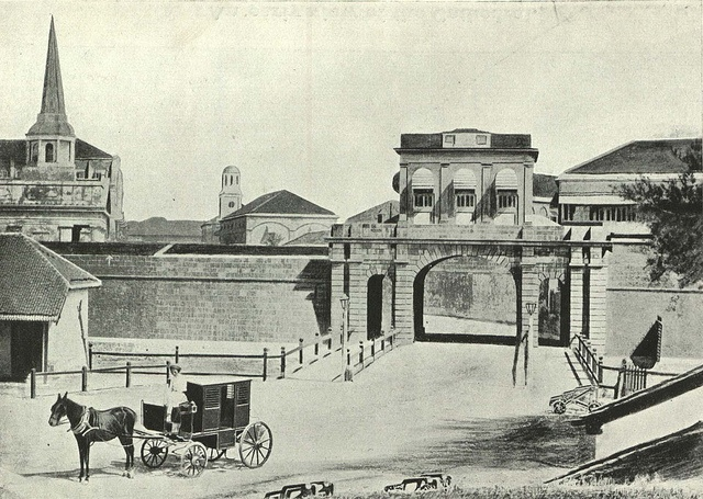 One of the four gates at Bombay Fort, c. 1850