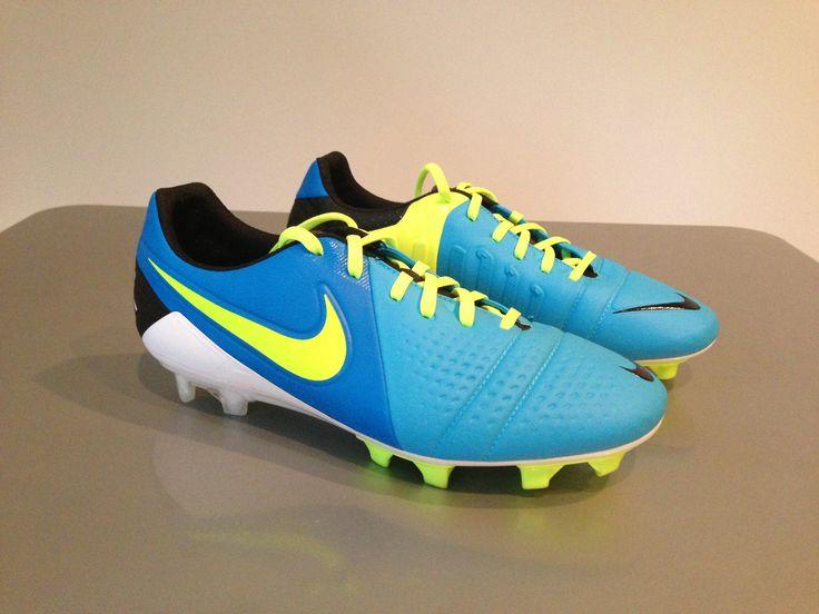 Nike Mercurial Vapor X Soft Ground Pro Herren Fußballschuh