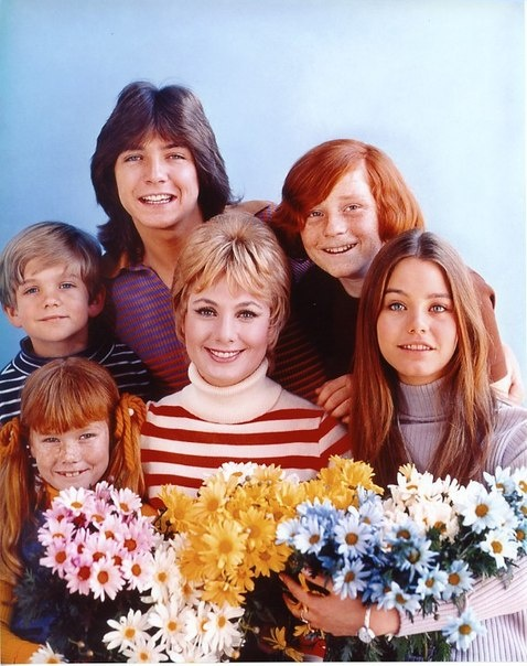 The Partridge Family Shirley Renfrew Partridge (Shirley Jones) Keith Douglas Partridge (David Cassidy) Laurie Partridge (Susan Dey) Danny Partridge (Danny Bonaduce) Tracy Partridge (Suzanne Crough) Chris Partridge (Brian Forster) and not shown Rubin Kincaid (Dave Madden)