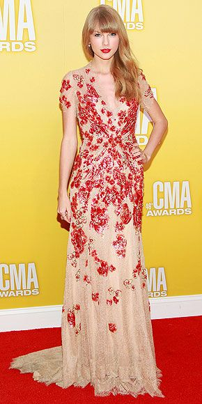 Taylor Swift @the CMAs.