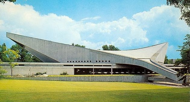 Friedrich-Ebert-Halle, 1965. Hyperbolic Paraboloid-structure Friedrich-Ebert-Gymnasium, Hamburg, Germany