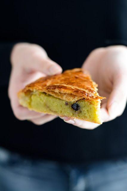 Chic, chic, chocolat...: Galette des rois à la pistache et cerises amarena