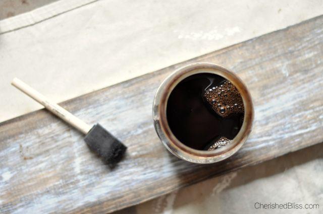 Faites une déclaration avec ce grand tutoriel bricolage Horloge en bois rustique