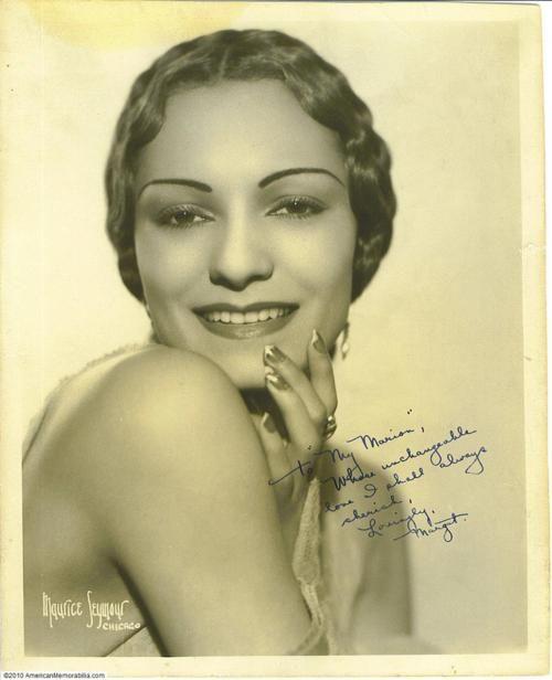 25 best ideas about coiffures de 1930 sur pinterest maquillage de gar onne gar onnes et yeux - Coiffure annee folle ...