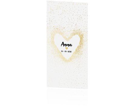 Prachtig langwerpig geboortekaartje met een gouden hart en confetti. Helemaal hip! Hier vind je nog veel meer geboortekaartjes in deze stijl.