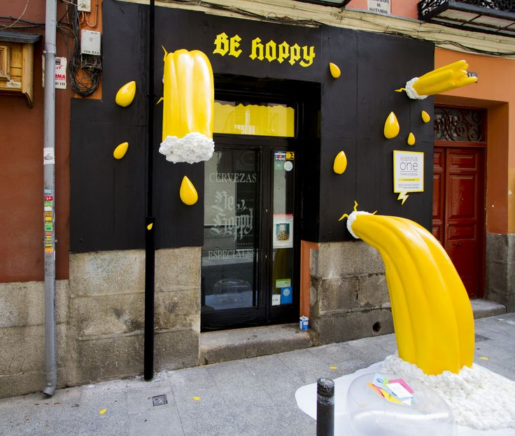 Side View Be Hoppy in Madrid Features an Exciting #Ephemeral Installation #decoraccion #decoraccion2015 #installation #beer #storefront #behoppy