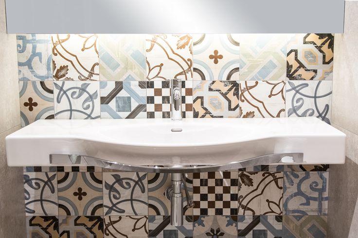 #Viverto #inspiracjeViverto #łazienka #bathroom #tiles #płytki #kolory #inspiracja #inspiracje #pomysł #idea #perfect #beautiful #nice #cool #wnętrze #design #wnętrza #wystrójwnętrz #łazienki #pięknie #ściana #wall #light #white #biel #wzory #mozaika #niebanalnie #kolory #kolorowo #mozaika #trendy #modnie #nowocześnie #umywalka