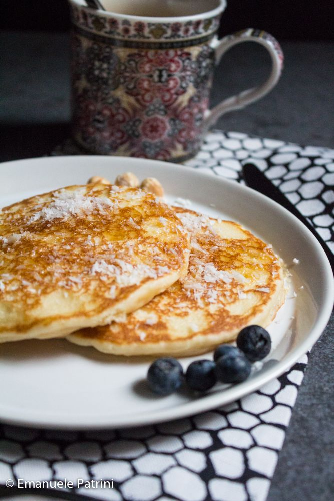 Pancake proteici al cocco ricetta