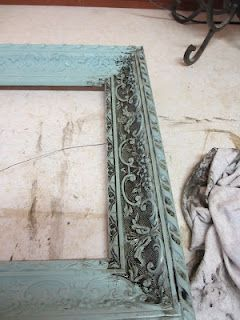 repainting old frames for that shabby chic look on a budget. Plus, lots of redone furniture
