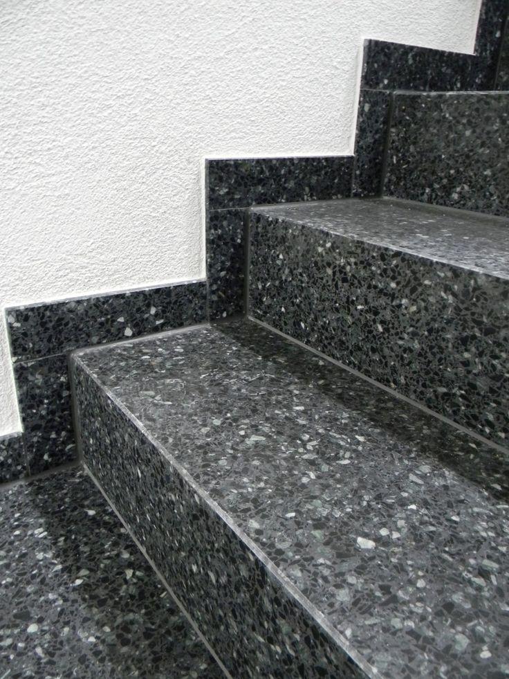 Entdecken Sie die verschiedenen Möglichkeiten mit EUVAL® Betonwerkstein Winkelstufen (Trittstufen + Setzstufen verklebt) und seine Vorteile wie eine schnelle