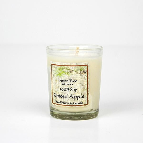 If you love apples and cinnamon this candle will be perfect for warming up your home. A delicious blend to keep you nice and toasty all year round! Hand poured