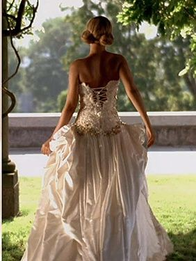 Beyonce best thing i never had wedding dress new video for Beyonce wedding dress pictures