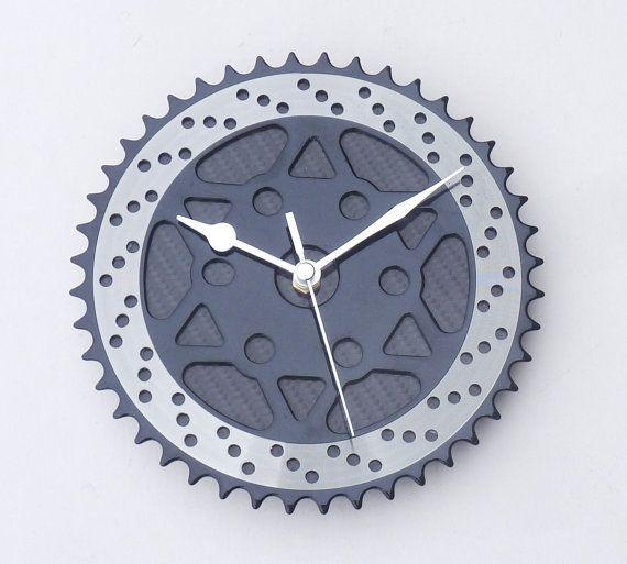 Bike part & carbon fiber kitchen office wall clock by LedonGifts