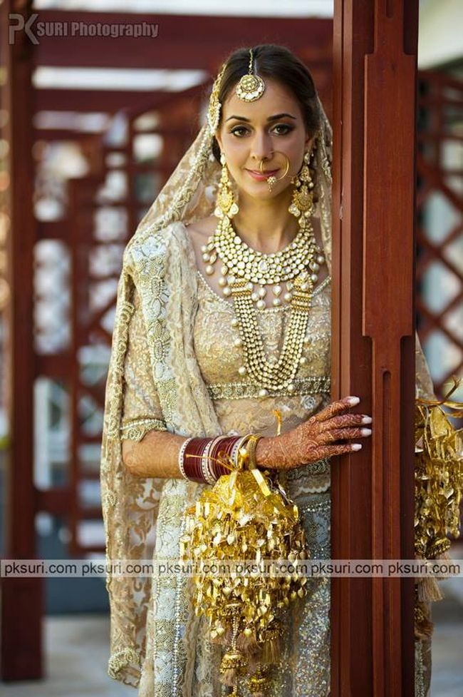 Absolutely in love with this Sikh bride's opulent polki jewellery!