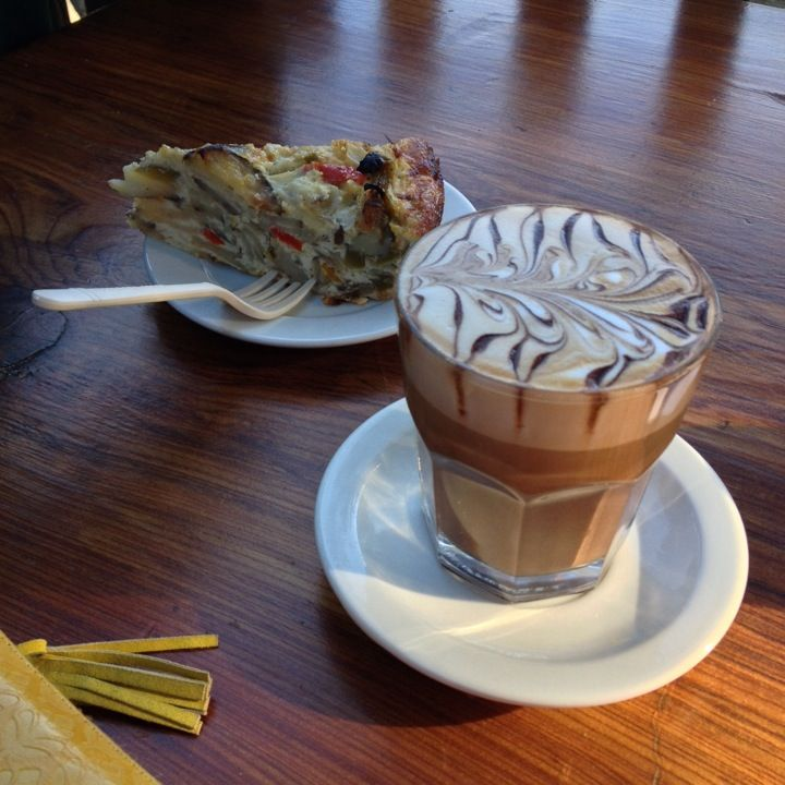 Big Sur Bakery in Big Sur, CA; food, bakery and restaurant, good bread ...