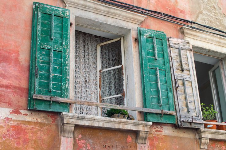 Piran - Slovenia - Old windows