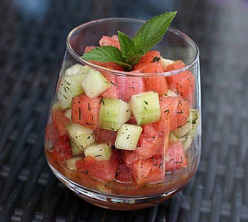 Sommerwassermelonen – Gurken – Salat   – WATERMELON