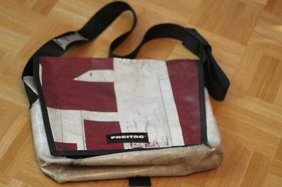 Original FREITAG Tasche Dragnet rot weiss Messenger Bag LKW-Plane