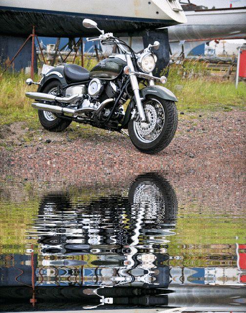 Reflections of Miss Grunty  Yamaha XVS1100a Classic