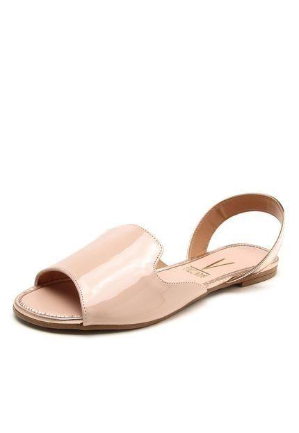 3126fa33a5 Sandália tipo rasteirinha rosa verniz e detalhe em rosa metalizado no  calcanhar. Cor  Rosa