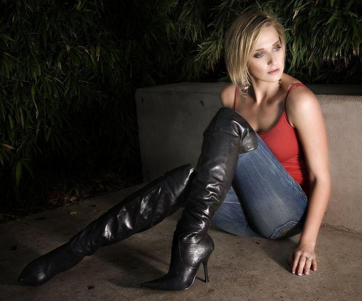De 33 bästa Women Wearing Legging Jeans and Boots-bilderna på ...