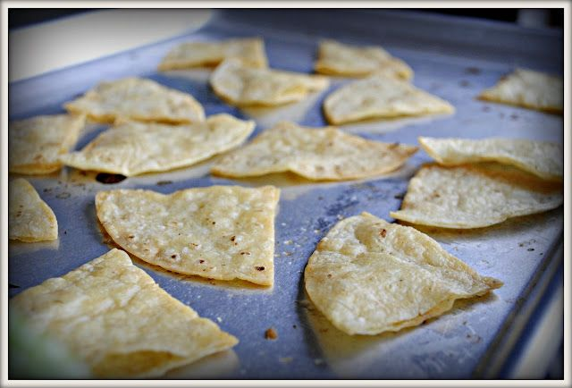 Chipotle tortilla chips copycat recipe? Gotta try this