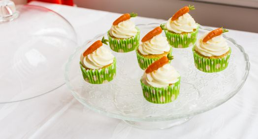 Cupcakes cu morcovi si migdale/ Carrot and almonds cupcakes