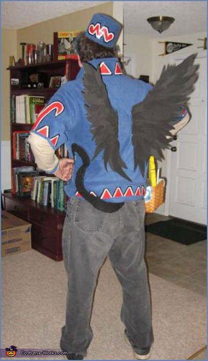 Flying Monkey and Toto - Halloween Costume Contest via @costumeworks Villain idea