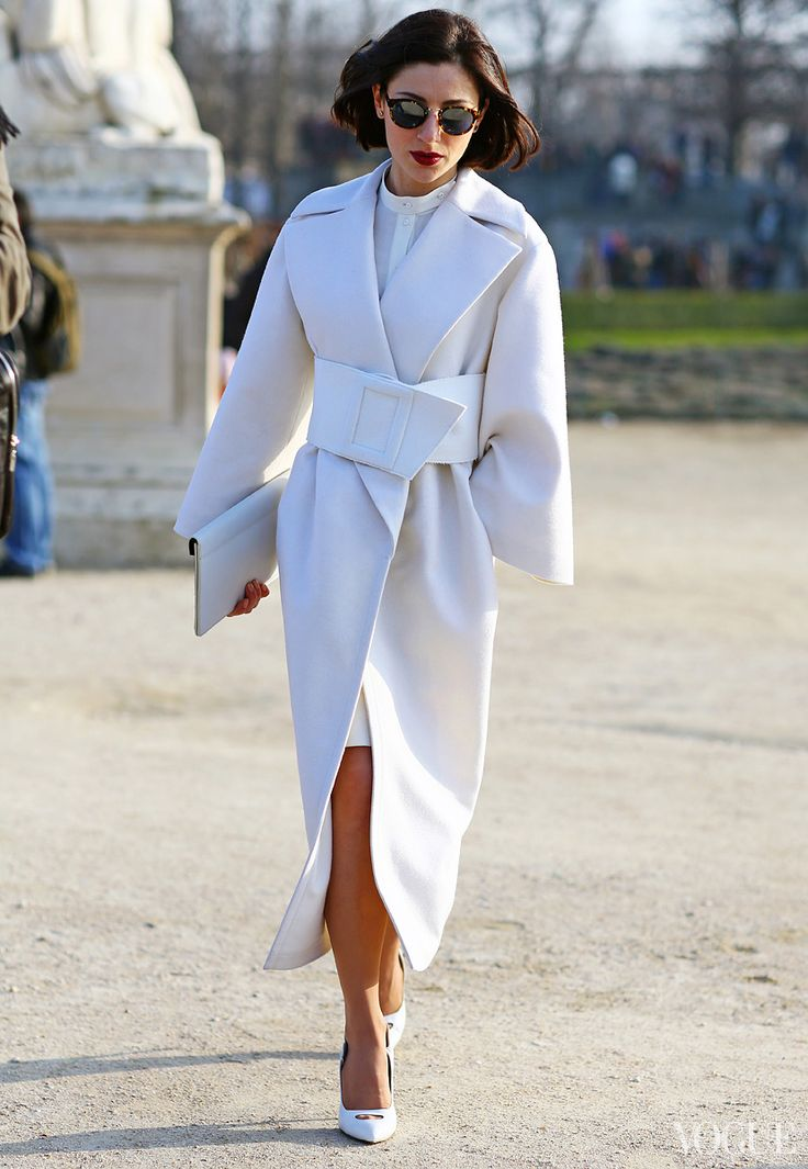 Gorgeous white coat! The belt! The collar!