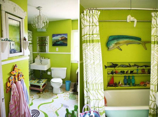 Love the chandelier in the bathroom. A chandelier looks good in any unexpected location.