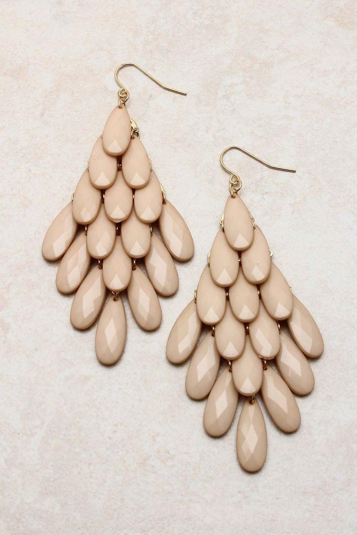 Nude Sedona Chandelier Earrings | Emma Stine: Sedona Chandeliers, Jewelry Sets, Chic Nude, Emma Stine, Stine Jewelry, Chandeliers Earrings, Chandelier Earrings, Nude Sedona, Jewelry Earrings