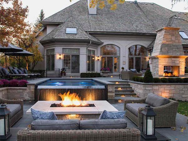 Villa Haus Swimmingpool Garten Feuerstelle