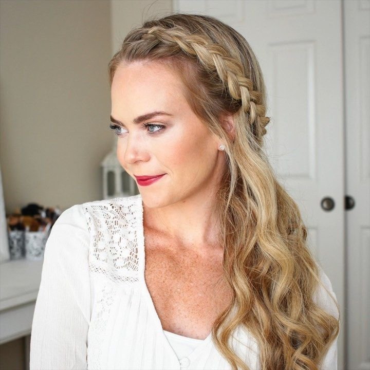 "Melissa Cook ( Missy ) on Instagram: ""Sideswept Dutch Braid 🎥 What's your favorite hairstyle to wear? Or what's your favorite tutorial? I'm..."
