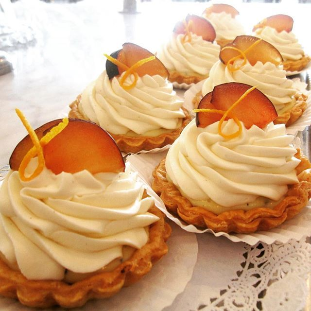 Fresh Plum & Earl Grey Cream Tartlets – flaky pastry shells filled with Earl Grey custard & fresh plum, topped with citrus honey chantilly and more fresh plum!  #NJFresh #NJFreshLove #eatlocal #NJeats #NJfood #chefsofinstagram #beautifulcuisines #cheflife #pastrylife #truecooks #pastryshop #pastries #howisummer #pastryporn #foodie #foodphoto #earlgreytea #earlgreyparty