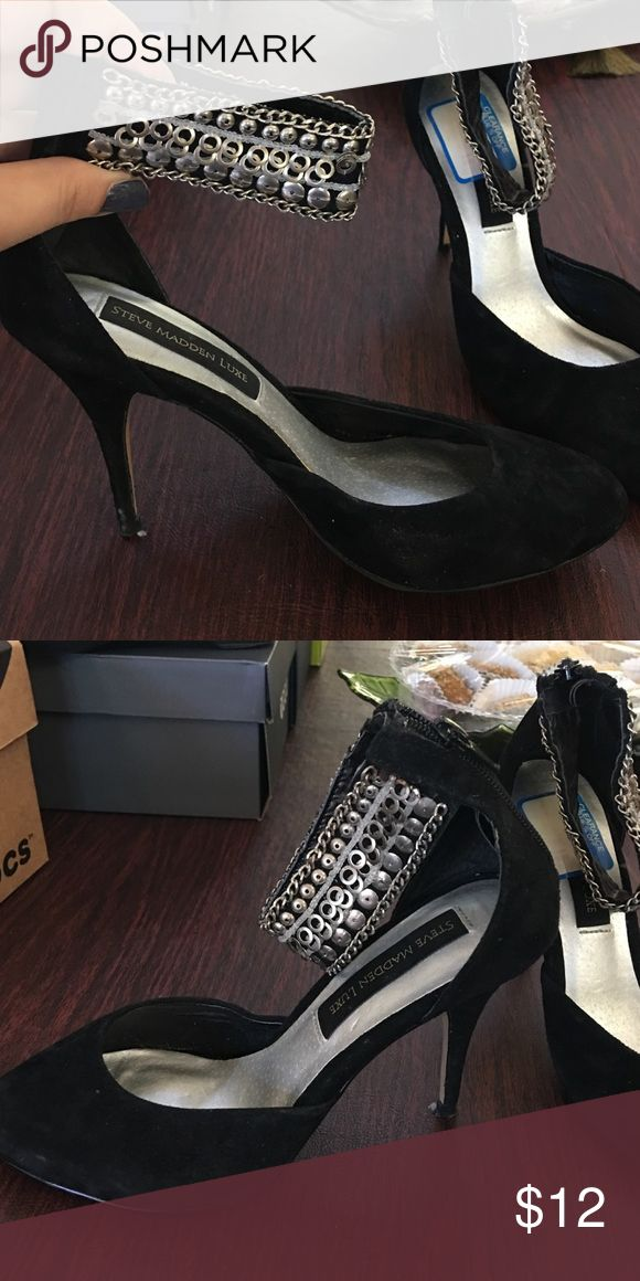 Steve Madden Luxe black heels with thick strap. Steve Madden Luxe black heels with thick strap. Steve Madden Shoes Heels