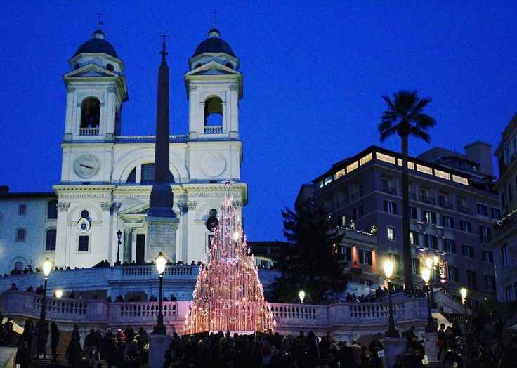 Joy to the World  The Spanish Steps at Christmas time 2017 #italogram