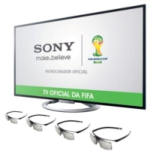 """Leve a vibração dos jogos do Brasil para dentro da sua casa! Você vai se divertir com o realismo da tecnologia 3D da TV LED 47"""" Full HD Smart TV da Sony. #TV #Futebol"""