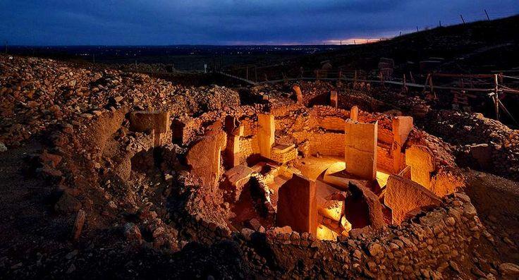 Kusadasi Info   Gobeklitepe, Gobekli Tepe, Turkey Landmarks