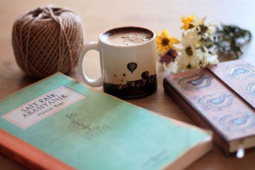 kahve-ve-kitap.jpg (500×333)
