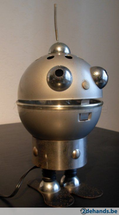 Vintage metalen robot lamp satco space age space age for Space age design