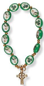 Glass Shamrock Bracelet.