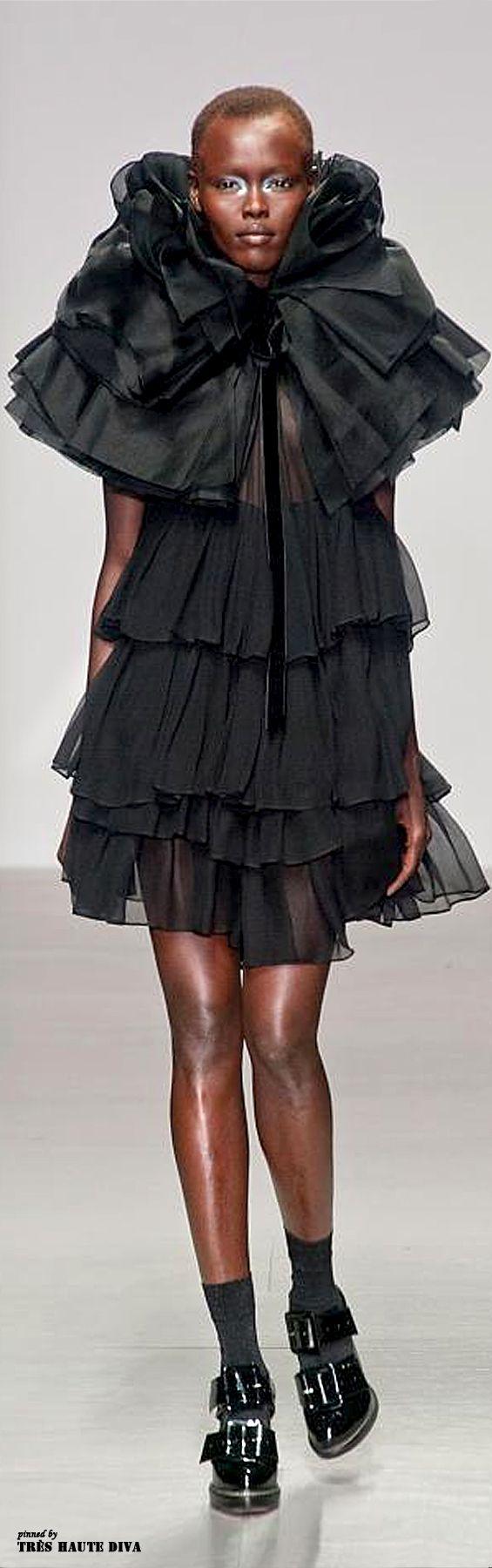#London Fashion Week John Rocha Fall/Winter 2014 RTW